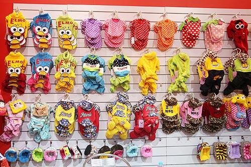 Việt Gift Market nhận bán buôn, sỉ quần áo cho mèo