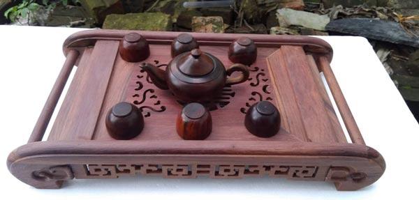 Mẫu khay trà gỗ cẩm lai kích thước 47 x 26 x 8 cm nguồn gốc ở Việt Nam
